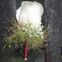 Hochzeitsanstecker weiße Rose