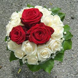 Blumenstrauß für Hochzeit - rot/weiß - Blumen Eder