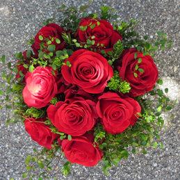 Hochzeitsstrauß - klassischer Rosenstrauß rot