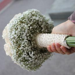 Blumenstrauß, Hochzeitsstrauß - Hochzeitsfloristik - Griff Detail - Blumen Eder Rosenheim