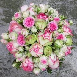 Brautstrauß rosa/weiß mit Frühlingsrosen - Blumen Eder