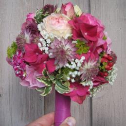 kleiner Handstrauß - Brautstrauß pink - Blumen Eder