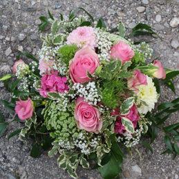Rundes Trauergesteck rosa grün - Trauerfloristik - Blumen Eder Rosenheim