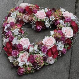 Trauerherz pink, violett - Trauerfloristik - Blumen Eder Rosenheim