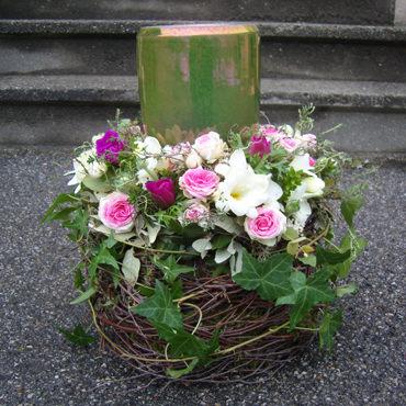 Urnenschmuck & Trauerflorisik im Blumenhaus Eder