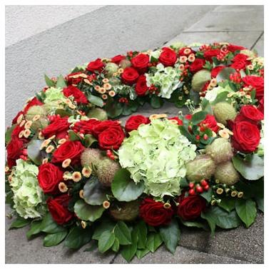 Trauerfloristik, Trauerkränze   Blumen Eder Rosenheim